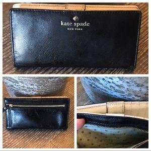 ❤️🌈. Kate Spade wallet